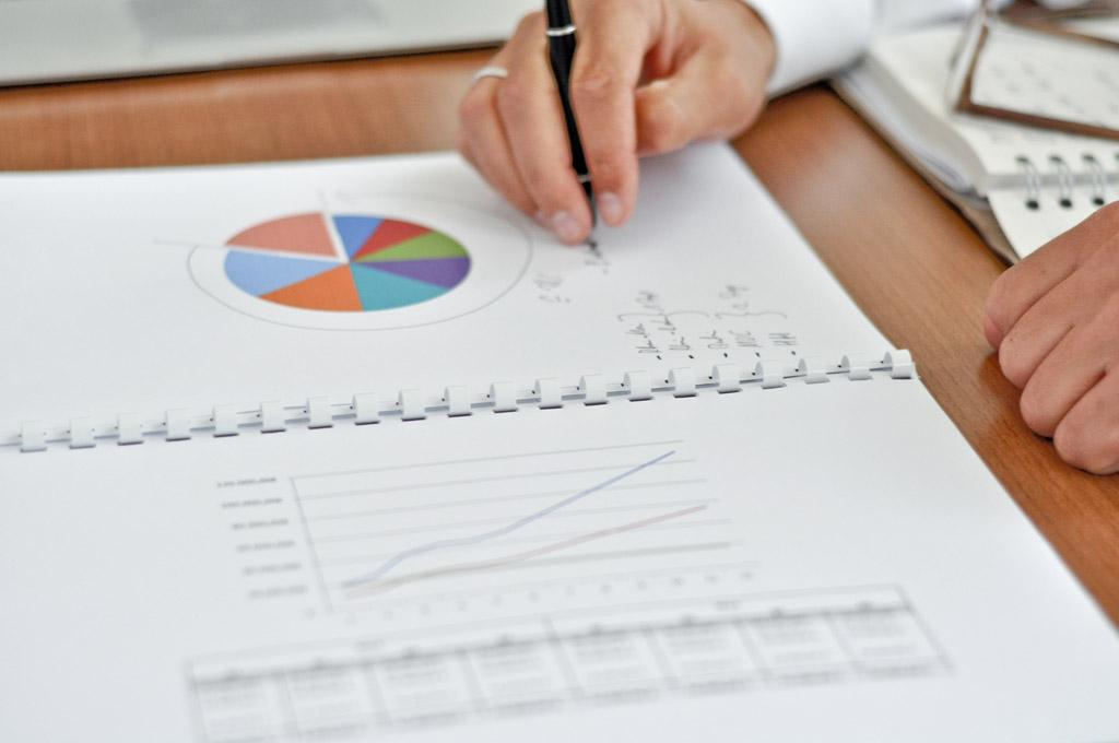 business fotografie charts und präsentation von advisors